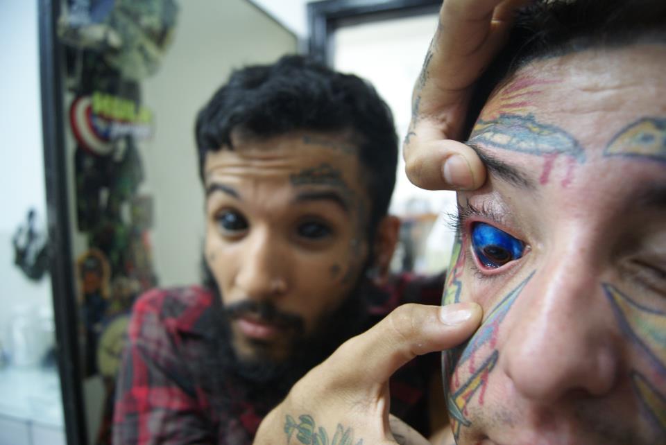 tatuagem-no-globo-ocular-03
